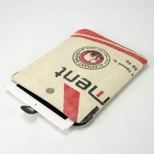 recycling-ipad-sleeve-khmai-jutedeerns-upcycling-hamburg-01